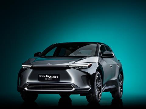 【速報】トヨタ、EV「TOYOTA bZ4X」初公開 スバルと共同開発