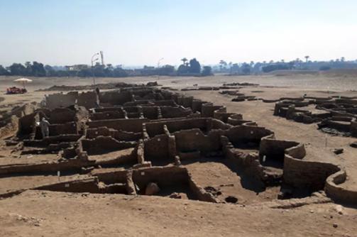 古代エジプトの「失われた黄金都市」を発見! ツタンカーメンの墓に次ぐ最重要の遺跡