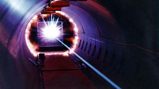 【エネルギー】レーザー核融合で10兆ワットのエネルギーを生み出すことに成功、核融合発電の実用化へ大きく前進 米  [すらいむ★]