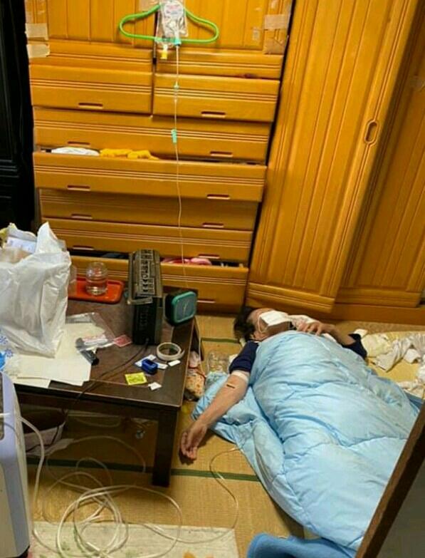 【政府】田村厚労相「高齢者や基礎疾患ある人も自宅療養」 原則入院の方針転換 ※中等症患者も自宅療養