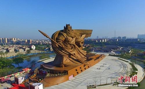 【悲報】中国各地で「京都」「鎌倉」「奈良」などの名がついた観光地が激増